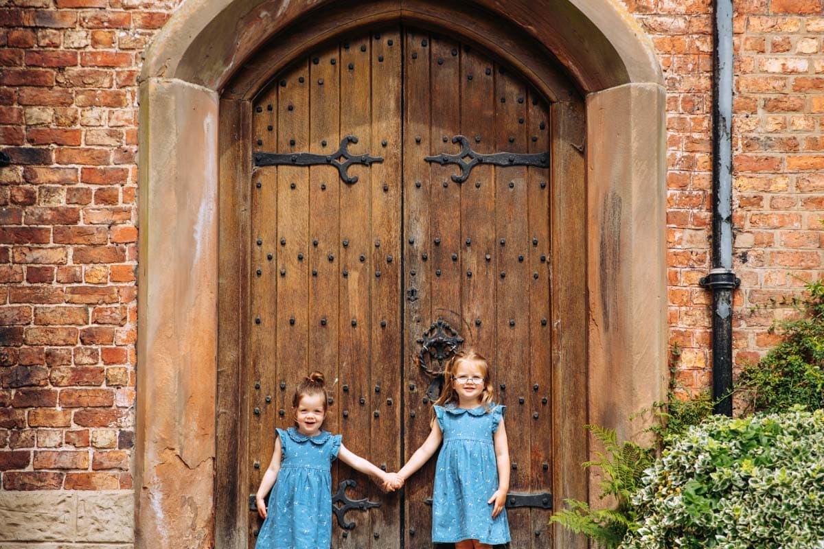 Bramhall Hall in Bramhall Park family photoshoot