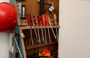 Tipp zum Bau informiert Sie über die Einsatzmöglichkeiten des Schraubendrehers.