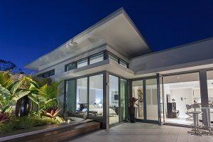 Die Vorteile Ihrer neuen Glasfassade bei Tipp zum Bau. Hier finden Sie nützliche Informationen rund um das Thema Glasfassade.