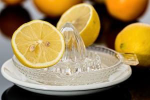 Zitronensaft gegen Noroviren einsetzen