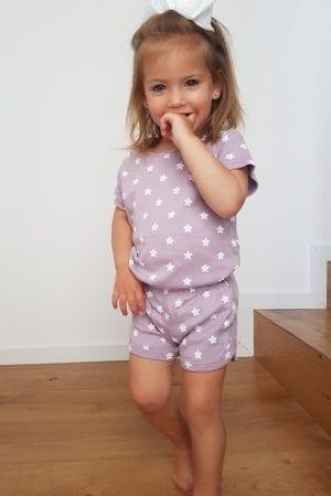 סט חליפת שינה קצר מכנס וחולצה - סגול - כוכבים (1 - 4 שנים)