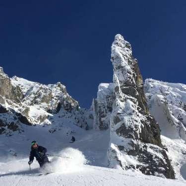 Fun&Snow Ski Guiding - Couloire Skiing