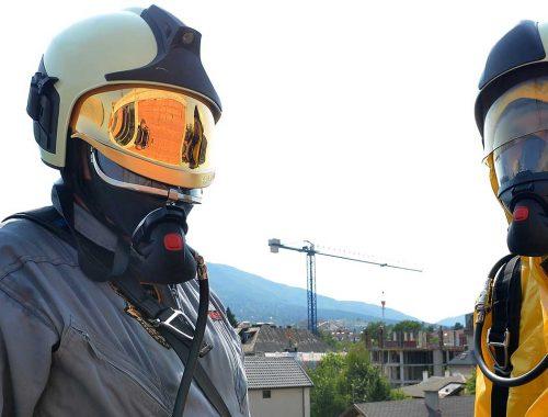 Човекът-паяк Иван Кристоф тренира за бъдещи спасителни мисии