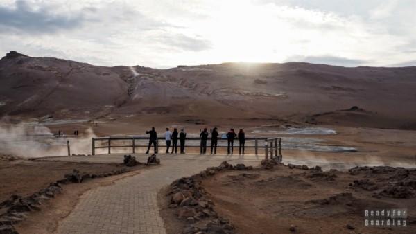 Hverir - gorące źródła u podnóża góry Námafjall