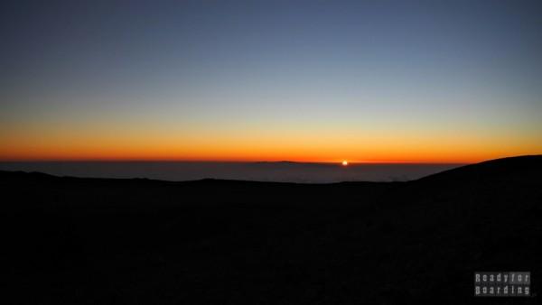 Wschód słońca widoczny z Teide, Teneryfa - Wyspy Kanaryjskie