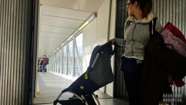 Lot samolotem z niemowlakiem