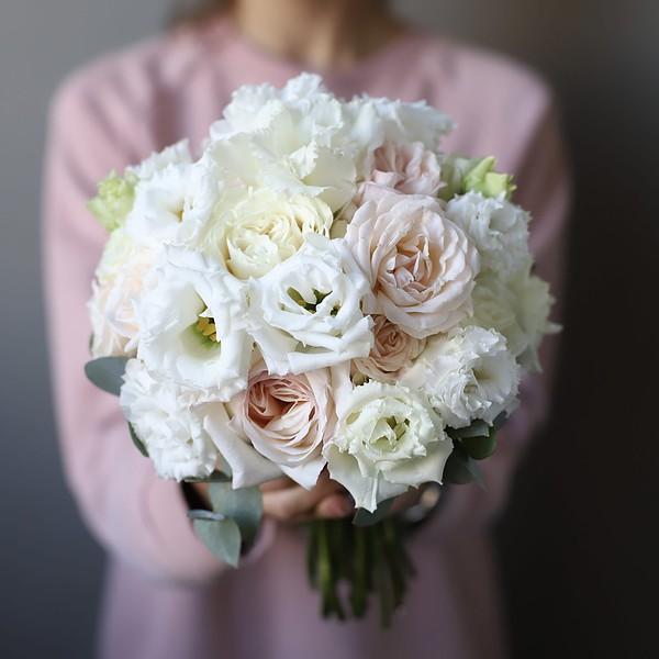 Свадебный букет с кремовыми розами №955 - Фото 1