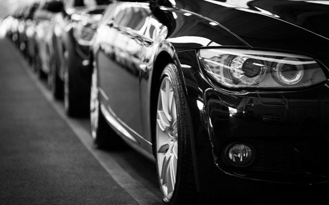 promocje w salonach samochodowych