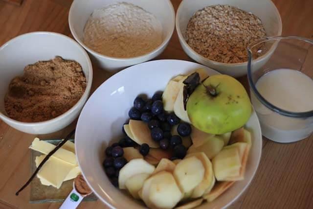 Blueberry Apple Crumble Recipe ingredients