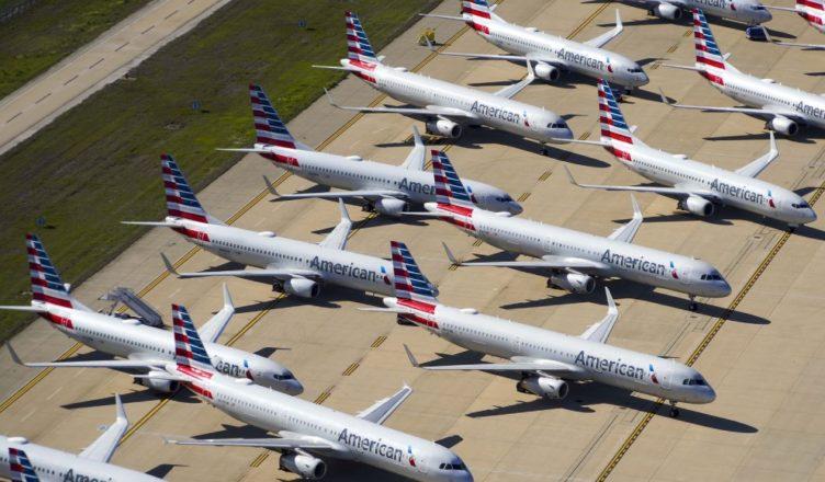 Aviones aparcados por la pandemia