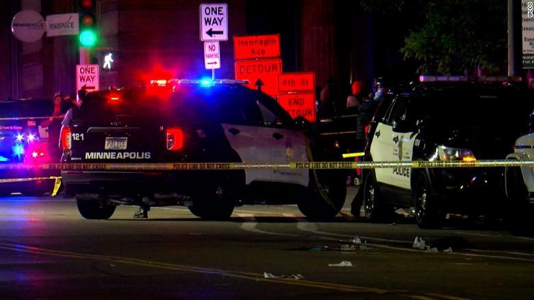 Discusión acaba en lluvia de balas en el centro de Minneapolis: 2 muertos, 8 heridos