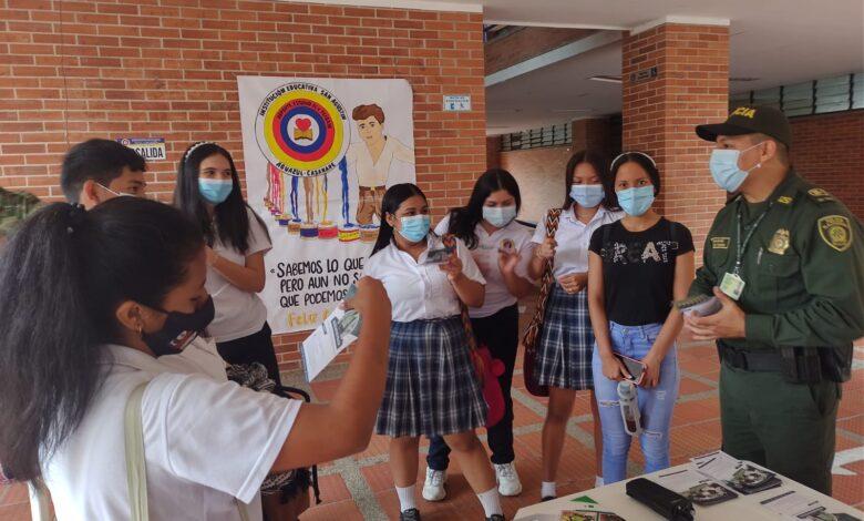 Photo of Llegaron estrategias de prevención al consumo de sustancias psicoactivas a colegios de Aguazul