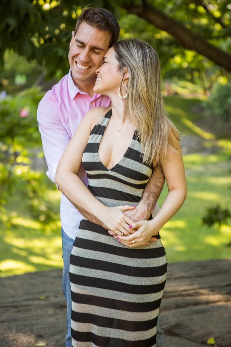 Photo 7 marriage proposal by Gapstow Bridge in Central Park | VladLeto