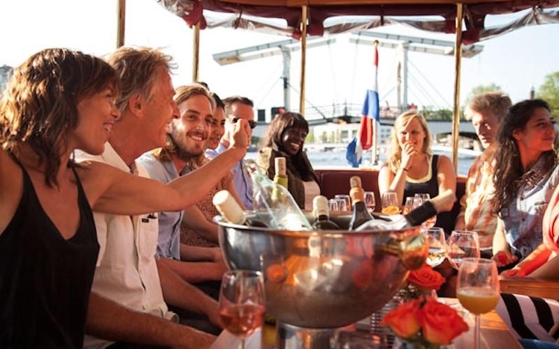 Borrelboot Amsterdam, rondvaart met drankjes