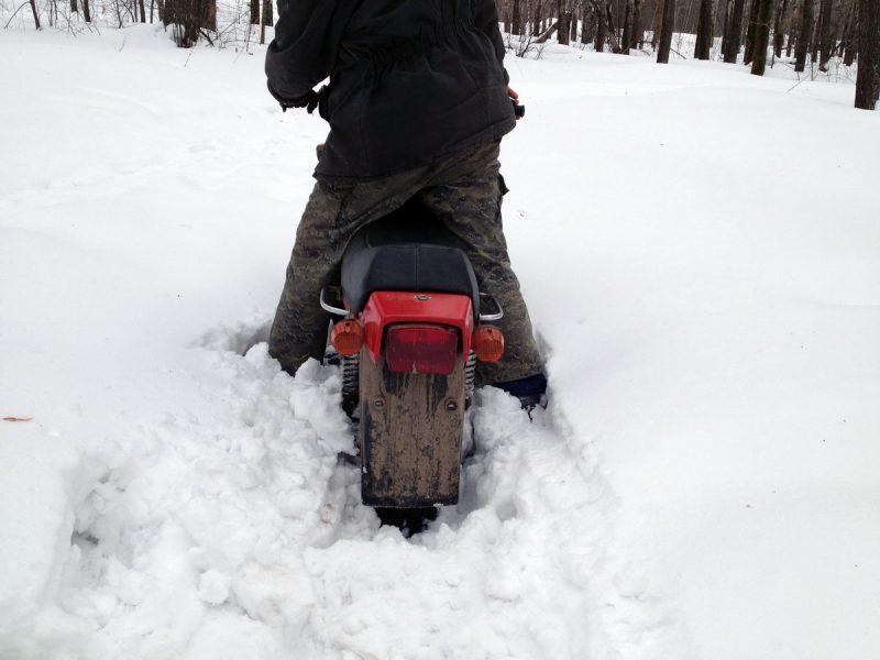 внедорожный мотоцикл тула тмз зимой, снег