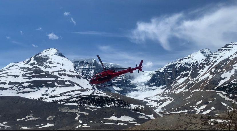 Dos muertos en una avalancha en Canadá