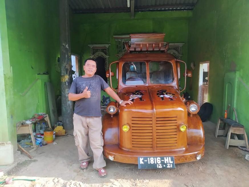 Mobil kayu jepara