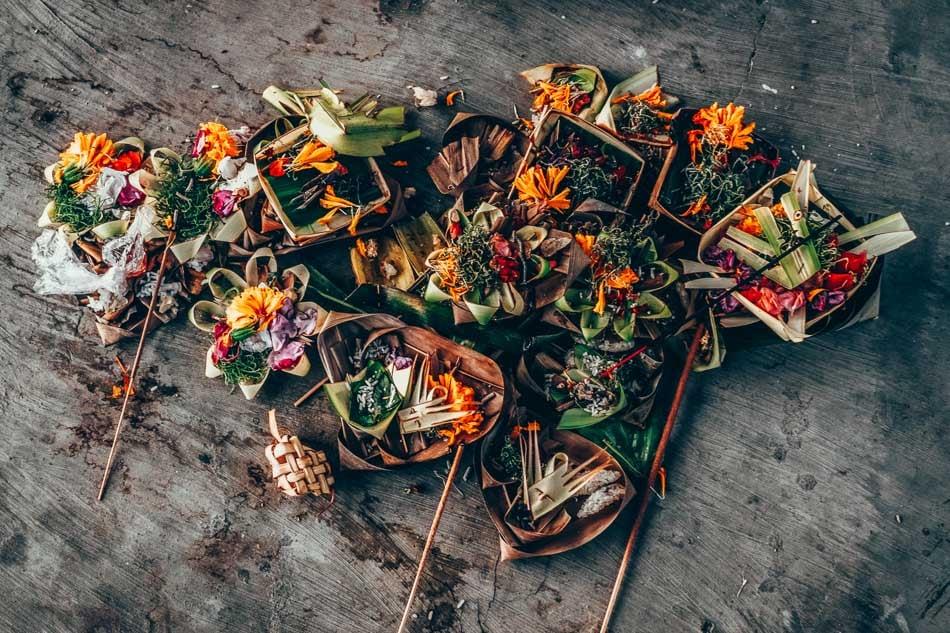Bali Canang Sari Offerings