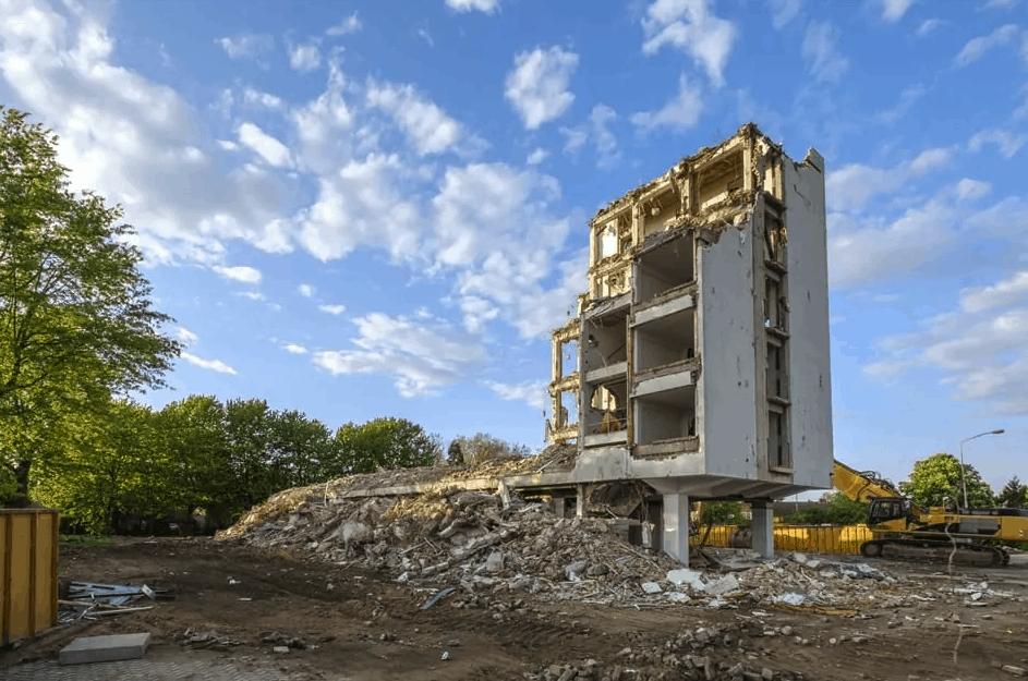 Waarom asbest laten verwijderen in Rotterdam?