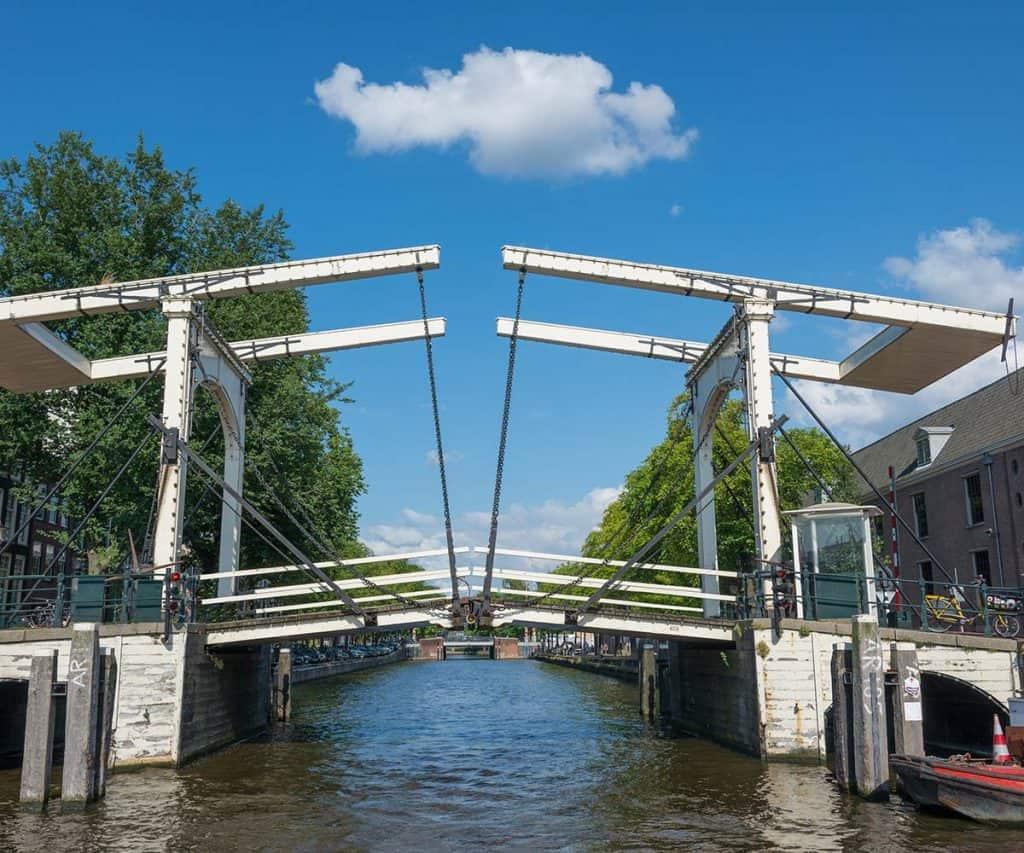 Sloopwerken bruggen