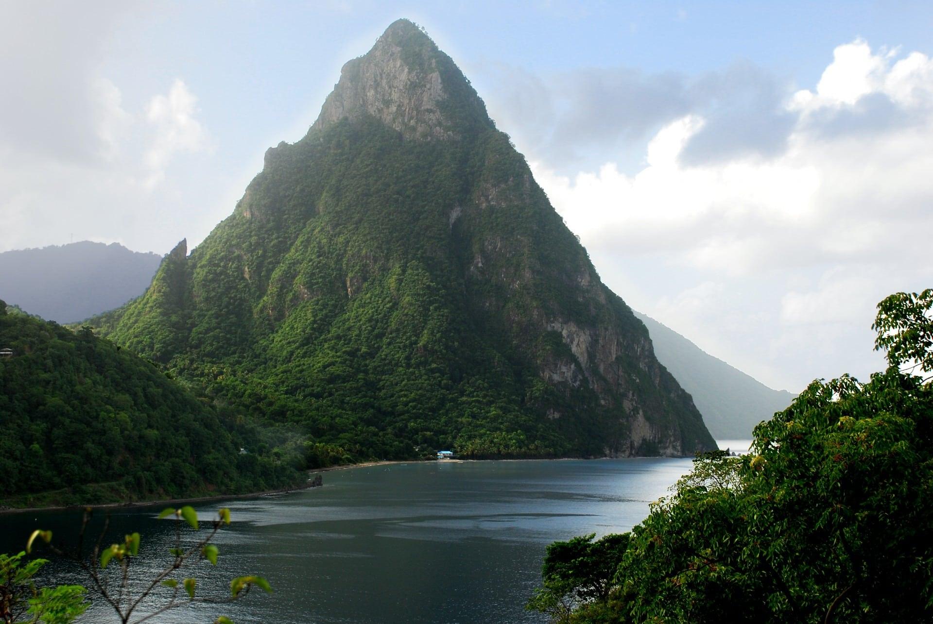 01/30/2020 – Saint Lucia
