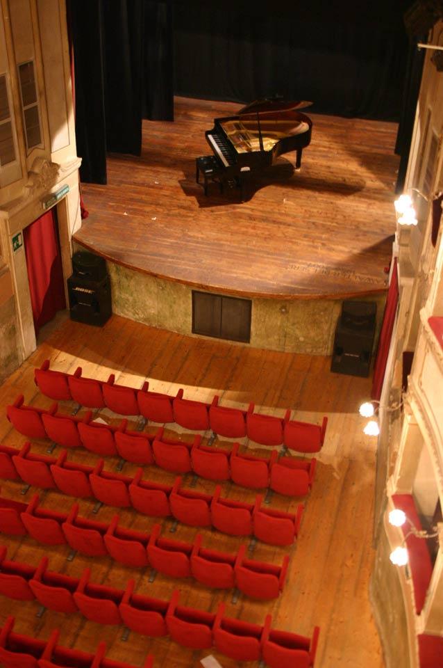 interno-teatro-anghiari-teatro-comunale-dei-ricomposti-08