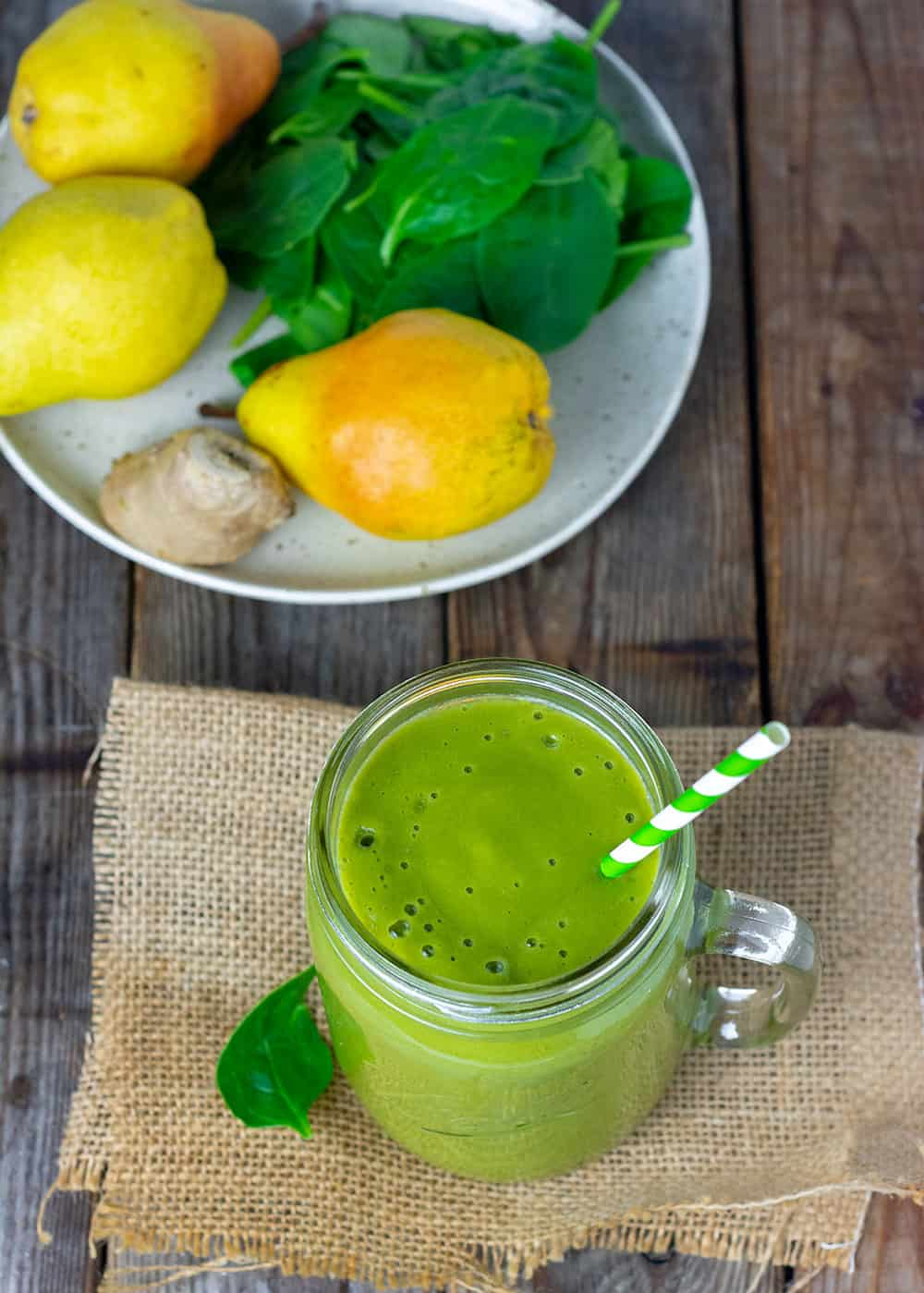 Easy Pear Ginger Smoothie