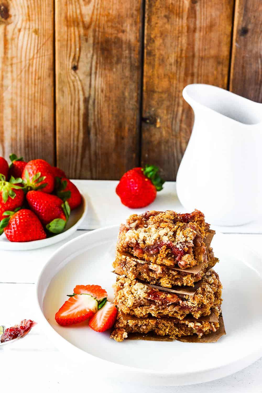 Strawberry Oat Bars (Gluten-Free, Vegan)