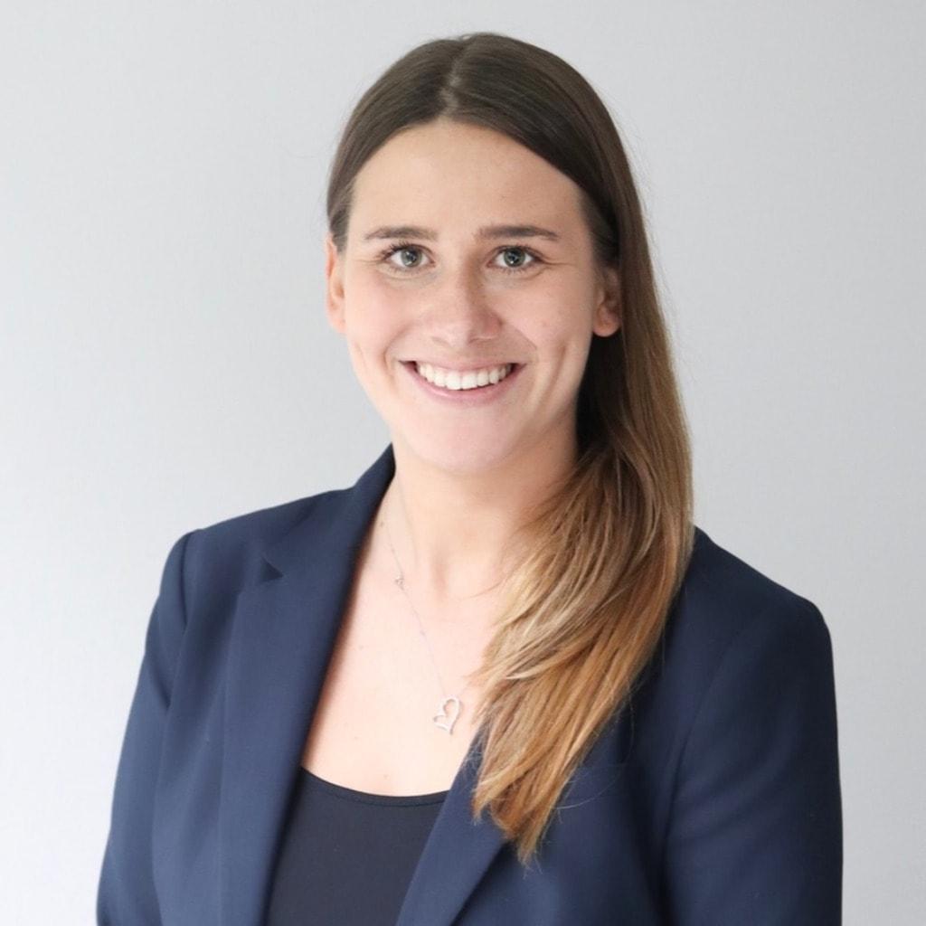 Laura Hoffmann