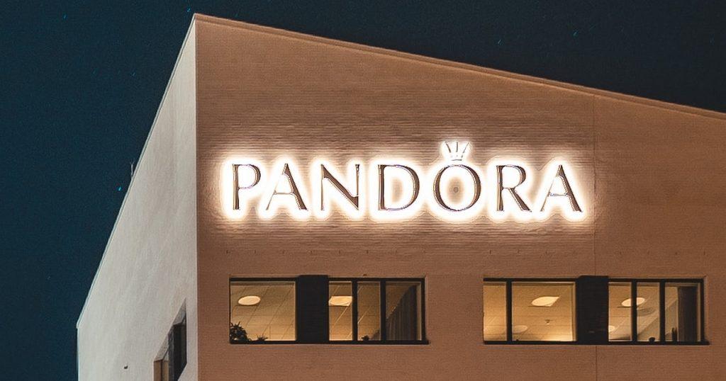 Pandora certificado logo
