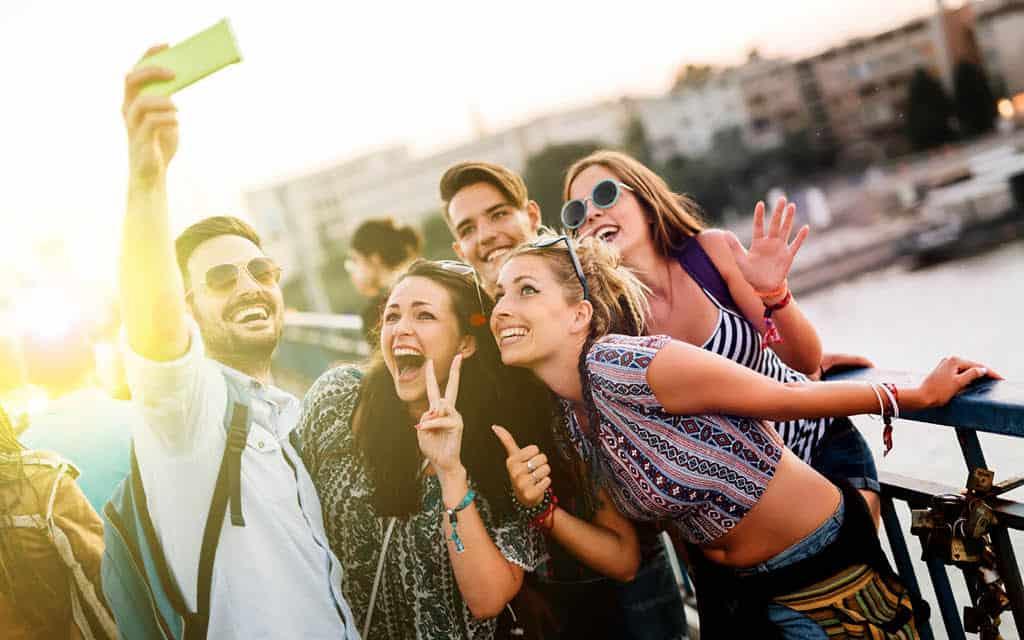 Top-5 de destinos para viajar en grupo por España