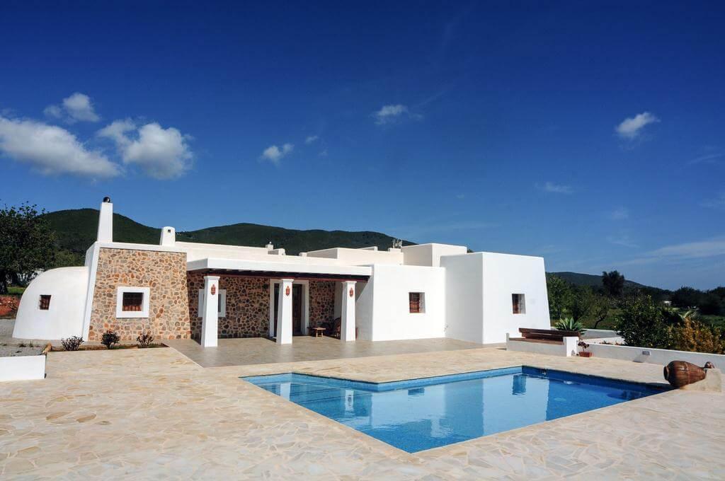 Quiet hotels in Ibiza 3