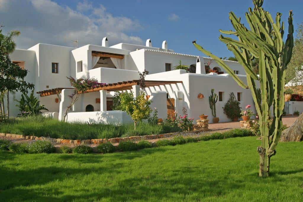 Quiet hotels in Ibiza 2