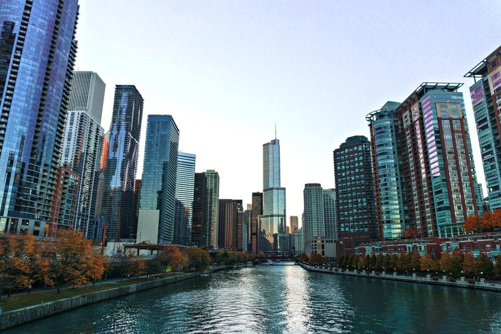 Surprising Kayak Tours: Best Cities for Urban Kayaking
