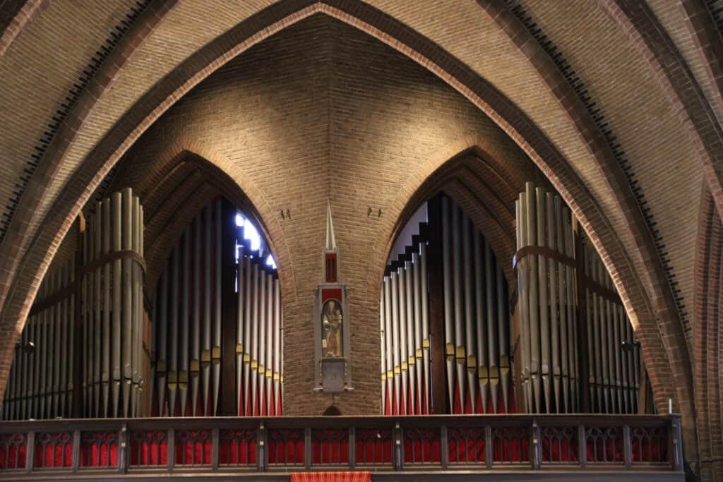 Stichting Vrienden van de Bovenkerkse Urbanus _ Jules Anneessens orgel 2018