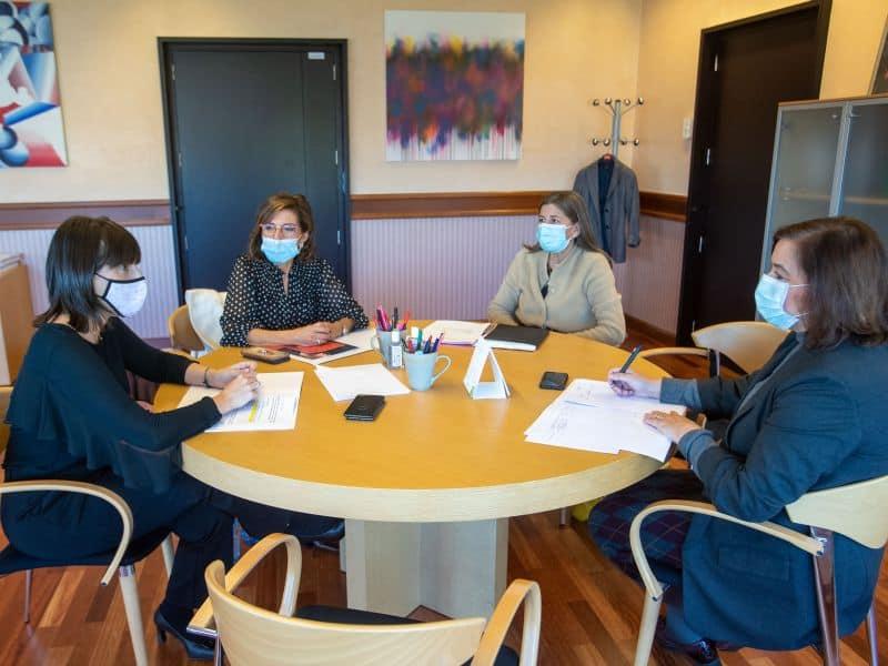 Reunión de Executivas de Galicia coa Conselleira de Emprego e Igualdade
