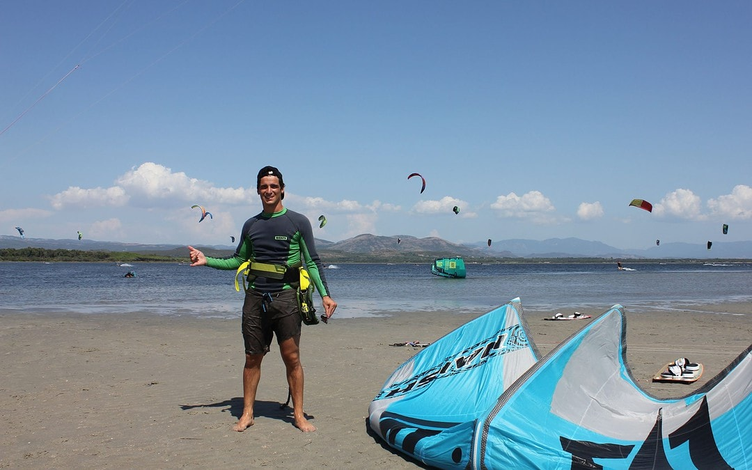 Kitesurf Beginner Lesson in Punta Trettu - prokite sardegna ASD
