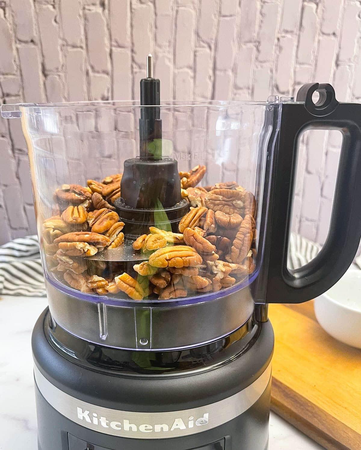 pecans in food processor