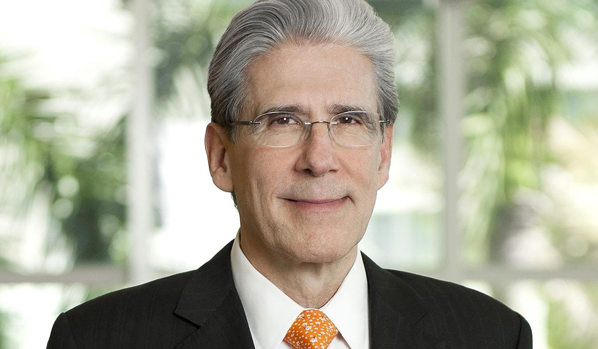 Photo of Dr. Julio Frenk