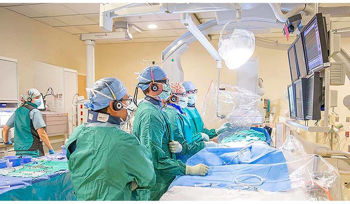 Doctors Nurses Surgery Room Monitors Patient