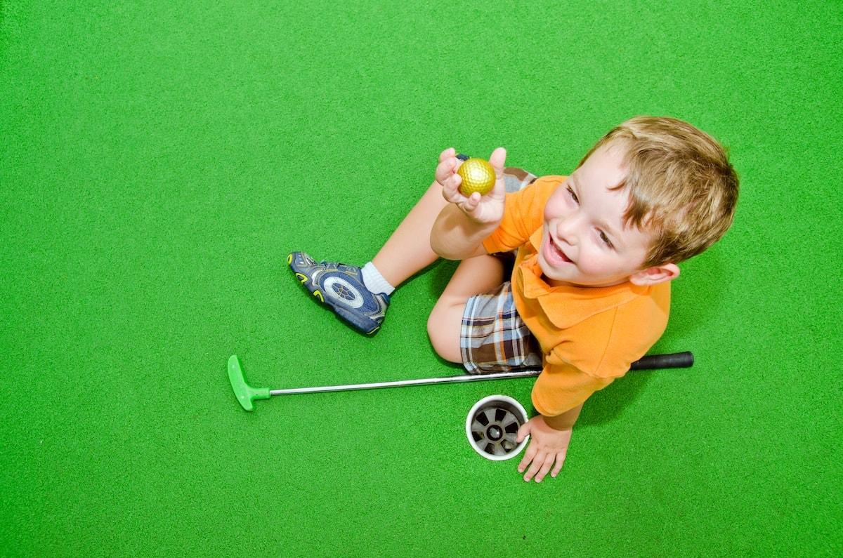 mini golf putt putt newcastle