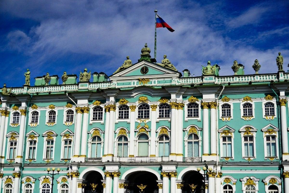 Hermitage, Saint Petersburg – Experiencing the Globe