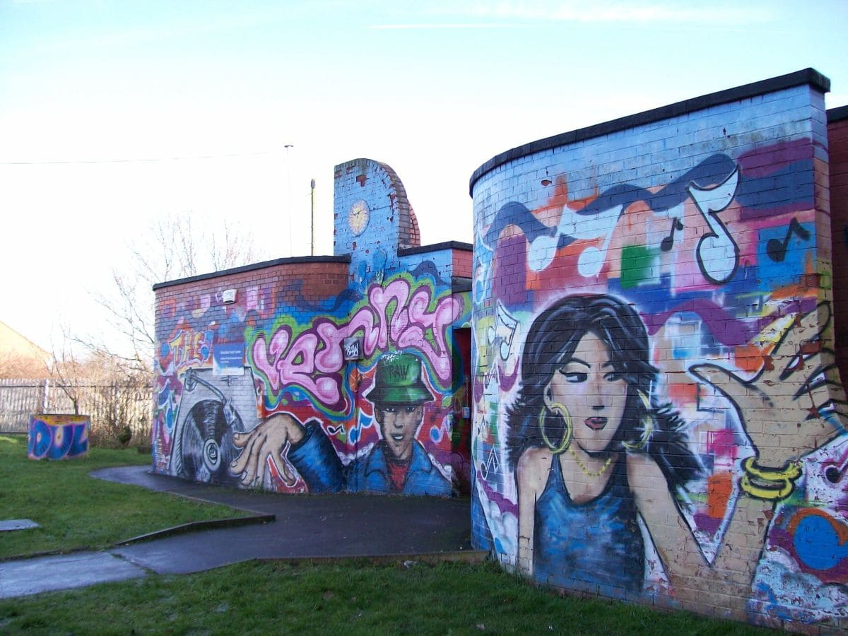 Picture: The Venny – Wood End Youth Centre, in Wood End, Coventry by Lydia shiningbrightly. Sourced from Flickr and reproduced under a Creative Commons Attribution 2.0 Generic (CC BY 2.0) licence. http://www.flickr.com/photos/lydiashiningbrightly/3216165466/