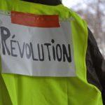 黄色いベスト運動の影響で4万3千人が部分失業へ