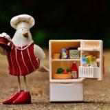一人暮らしに適した冷蔵庫のサイズは?【ライフスタイル別に紹介】