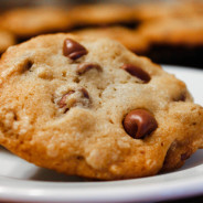Caramel Chocolate Chip Cookies from www.thesaltedcookie.com