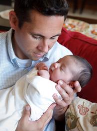 Dad and newborn portrait