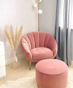 shell armchair with ottoman