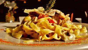 Restaurante italiano Cinquecento Valencia Fettucine della Casa