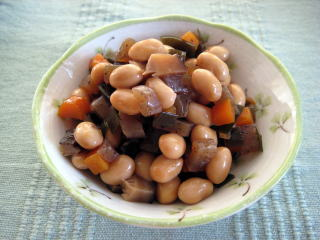 栄養たっぷりの五目豆